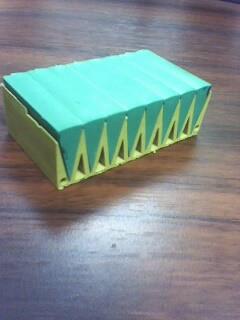 然后切开拼成一个近似的长方体,表面积比原来增加了400厘米.已图片