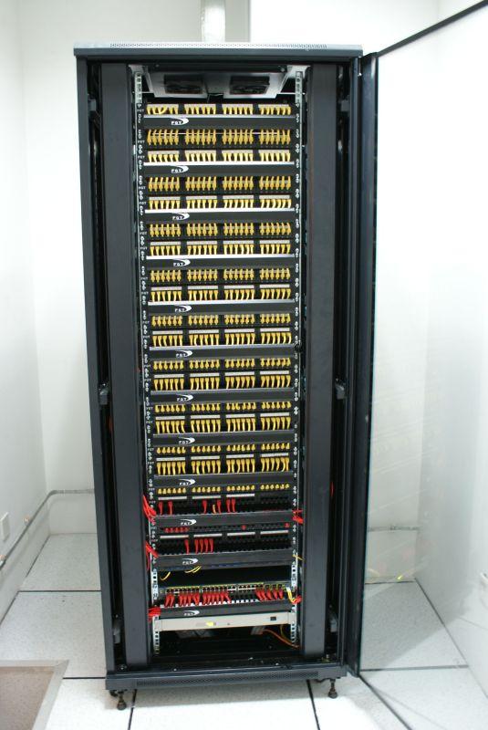 谁后3DMAX或者CAD三维模型,网络机柜或者服