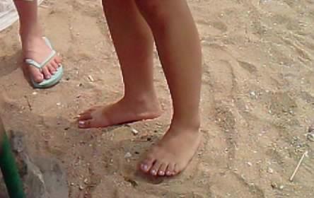 拍摄女性光脚 百度知道