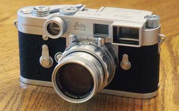 女人帮第二季 李小璐的相机是什么牌子的?图片