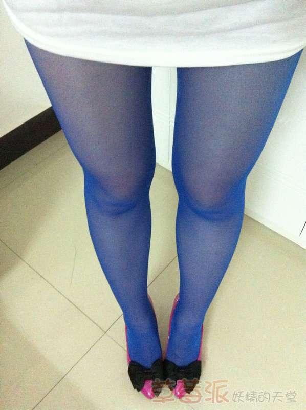 求穿丝袜女生实拍!
