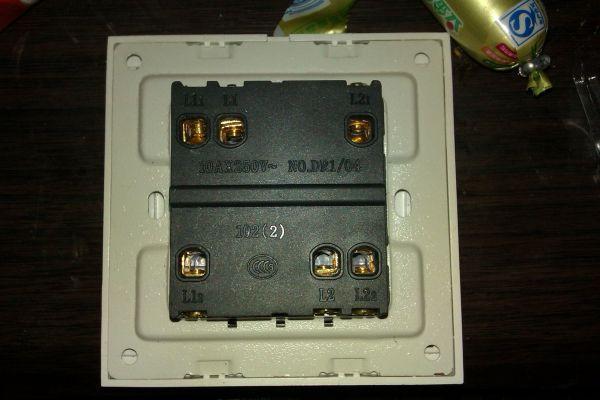 双开插座接线图 双开五孔插座接线图 两开五孔插座接线图图片