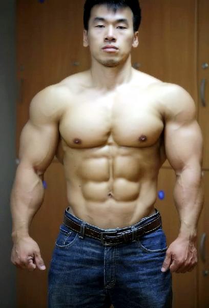肌肉男图片帅气头像
