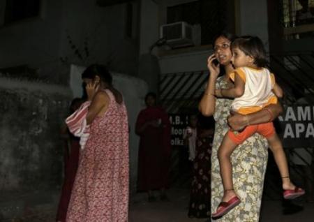 强奸女警小�_印度女警小分队专抓色狼,印度强奸案很严重吗?