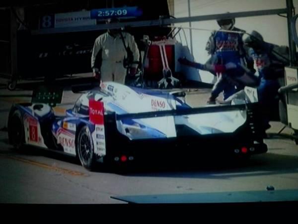 这是奥迪那个型号的赛车 前面车头有点像法拉利enzo 后面像高清图片